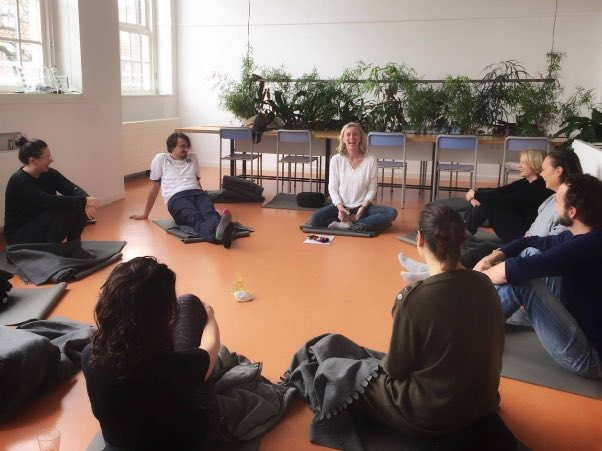 In dit filmpje vertel ik over Mindfulness [Talk]